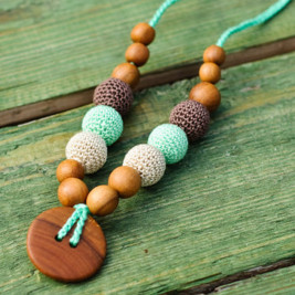 Button Necklace in Oatmeal, Mint & Chocolate, Apple Wood