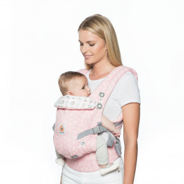 Ergobaby Adapt Hello Kitty Rose Play time