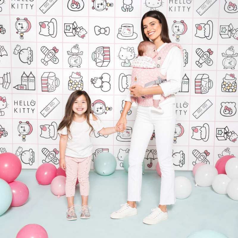 b53dc8d9c245 Ergobaby Hello Kitty play time Rose c est moins cher ici !