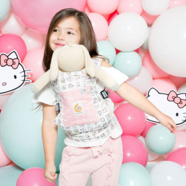 Door-Doll Ergobaby Hello Kitty Pink Play time