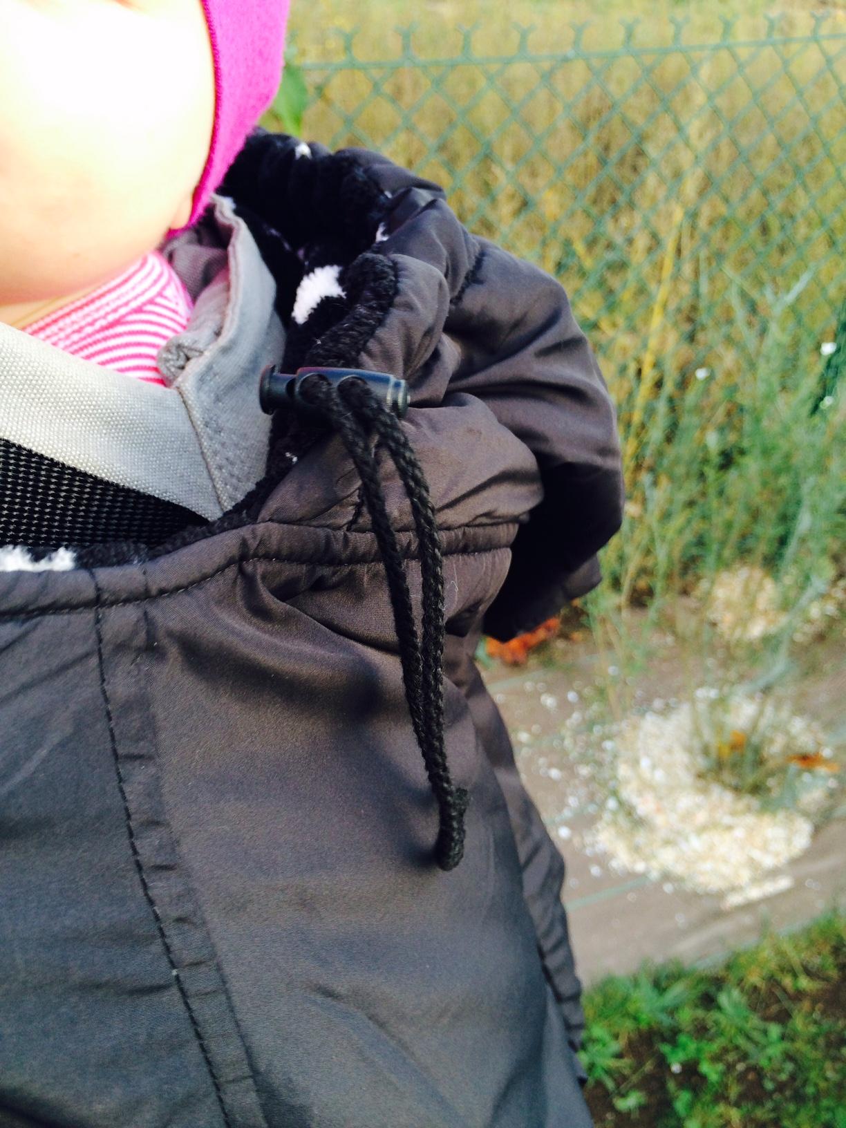 c3efffa0ea6 capuche de la couverture de portage noire étoile.
