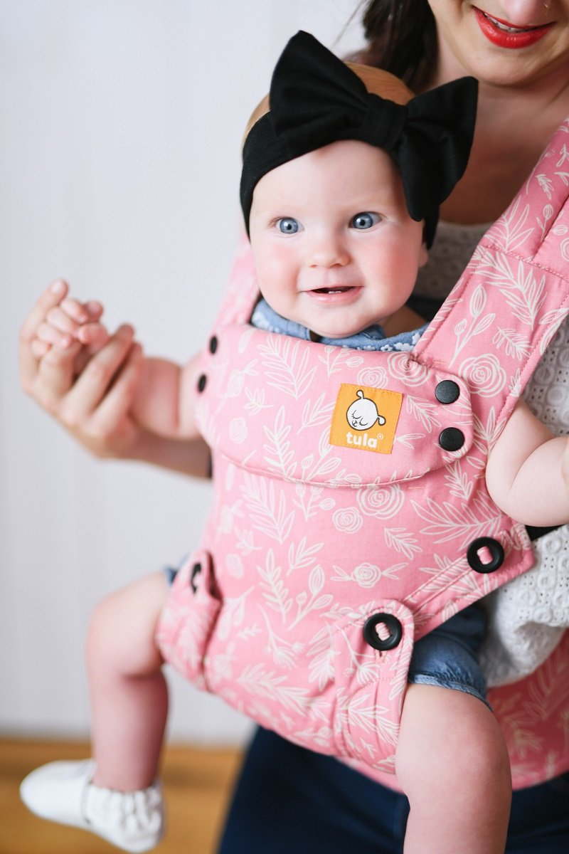 7872db65391a Tula Explore   nouveau porte-bébé adaptatif 4 positions coloré et ...