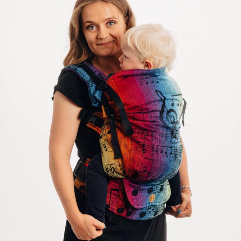 LennyPreschool : le nouveau porte-bambin ajustable et physiologique de Lennylamb